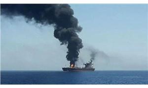 Suudi Arabistan açıklarındaki İran tankerinde patlama!