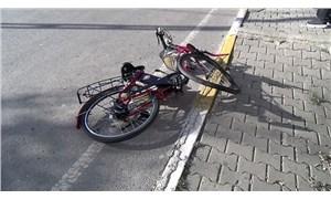 15 yaşındaki çocuğun kullandığı minibüs bisikletli bir kişiye çarptı