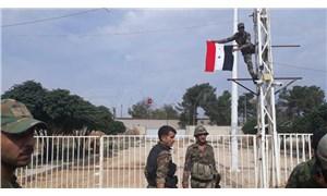 Suriye ordusu Kobani'de: Suriye bayrağı Türkiye sınırına çekildi