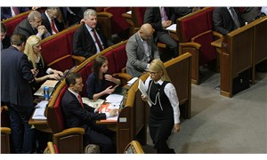 Ukrayna'da oturumlara katılmayan milletvekillerine maaş ödenmeyecek