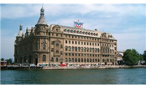 İstanbul Büyükşehir Belediyesi, Haydarpaşa ve Sirkeci Gar ihalelerinden elendi, ihale eski Okçular Vakfı Genel Müdürü'nün şirketine verildi