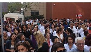 Jiletle boğazı kesilen doktor için protesto: Şiddet durmazsa hizmet vermeyeceğiz