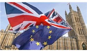 İngiltere AB'den çıkışı yeniden erteledi