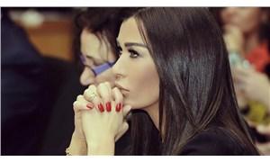 Lübnanlı ünlü oyuncu vergi protestolarına katıldı