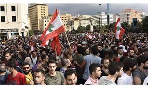 Lübnan'da hükümetin istifası isteniyor