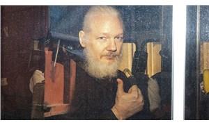 Assange'ın ABD'ye iade duruşmasını erteleme talebi reddedildi