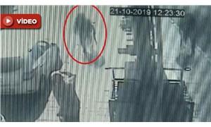 Üvey kardeşini berber koltuğunda pompalı tüfekle vurdu