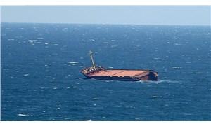 Akdeniz'de sığınmacıları kurtaran yardım gemisi güvenli liman bekliyor