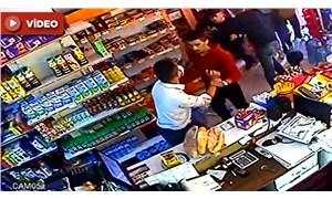 Liseli öğrenciler, kız arkadaşlarına mesaj atan market sahibini dövdü