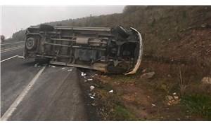 Madencileri taşıyan servis minibüsü kaza yaptı: 14 yaralı