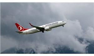 THY çatlak tespit ettiği Boeing 737 NG tipi uçaklardan birini hangara çekti