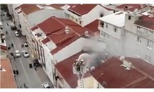 Esenyurt'ta iki ayrı çatı yangını