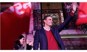 İspanya'da erken seçim: Sosyalistler önde, aşırı sağ yükselişte