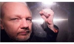 Pamela Anderson, Assange için Trump'tan af istedi