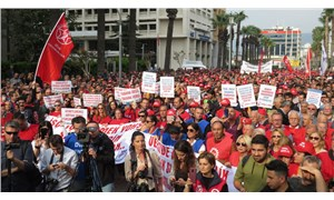 DİSK, İzmir'de hayatı durdurdu