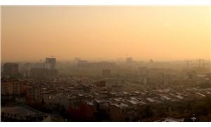 Tahran'da hava kirliliği nedeniyle okullarda eğitim yapılamadı
