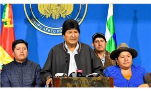 Morales: Irkçı ve faşist darbe kanunsuzluğa saplanıyor