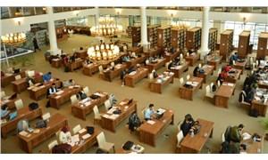 Üniversiteler kitapsız