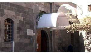 Danişmendliler zamanından kalma 884 yıllık caminin kapı üstlerine tente yapıldı