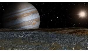Jüpiter'in uydusu Europa atmosferinde su buharı bulundu