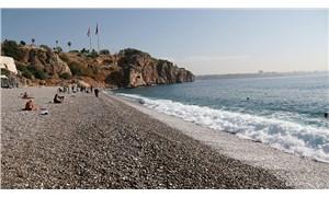 Taş ocakları Konyaaltı Sahili'ni 10 ayda 10 bin metrekare eritti