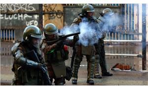 """""""Şili'de güvenlik güçleri göstericilere gerçek mermiyle ateş açtı"""""""