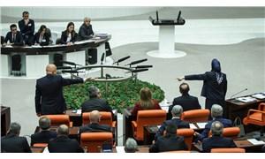 Muhafazakâr elitler gündem olunca, bir anda 28 şubat tartışması çıktı: Siyasal İslam, safları yine türbanla sıklaştırmak istiyor