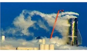 SpaceX roketi test sırasında patladı