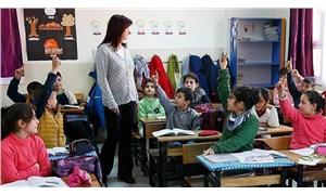 Öğretmen maaşları 10 yılda yüzde 22 eridi