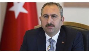 Abdülhamit Gül: Bazı hükümlülerin cezalarını evde çekmesi alternatifi üzerinde duruyoruz