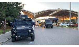Sabiha Gökçen Havalimanı'nda 'dur' ihtarına uymayan korsan taksiye ateş açıldı