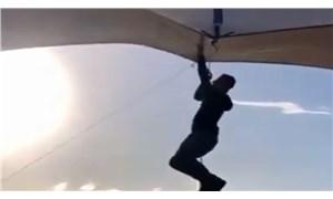 Pazarcı uçmasını engellemeye çalıştığı çadırıyla birlikte uçtu