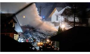 Polonya'da patlamanın meydana geldiği bina çöktü: 6 ölü
