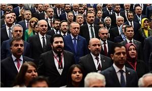 AKP'de kongre öncesi çatlak derinleşiyor: İstifalar sürecek