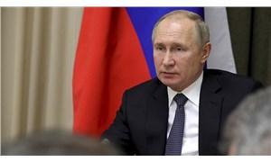 Putin'in 'nükleer füze fırlatma' çantası ilk kez görüntülendi