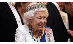 Kraliçe Elizabeth 50 bin sterline sosyal medya sorumlusu arıyor