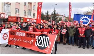 DİSK: Asgari ücret jest değil, haktır!