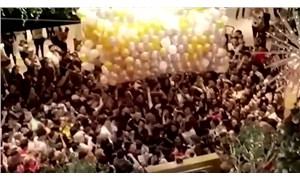 Avustralya'da AVM'de 'hediyeli balon' izdihamı: 17 kişi yaralandı