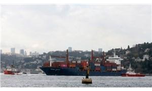 Boğaz'da gemi karaya oturdu, yandaşlar Kanal İstanbul'a bağladı!