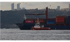 Rumeli Hisarı'nda yük gemisi karaya oturdu