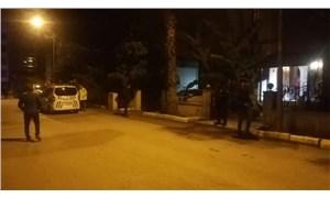 İzmir'de biri doktor iki kişiyi öldüren şahıs yaralı yakalandı