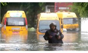 Endonezya'da sel: 9 kişi yaşamını yitirdi