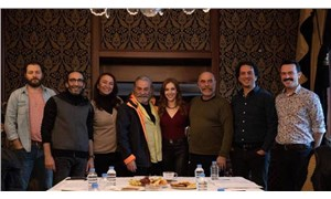 Yönetmen Ezel Akay film setinde yaralandı