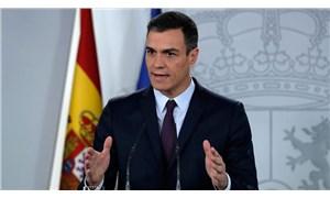 İspanya'da sosyalist lider Pedro Sanchez başbakan olarak yemin etti