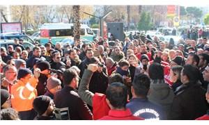 Karşıyaka Belediyesi işçilerinden maaş eylemi