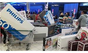 Markette yanlış fiyat etiketi krizi: Polis müdahale etti