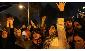İran halkından Hamaney'e istifa çağrısı
