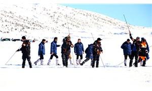 Mersin'de karla kaplı yaylada kaybolan çiftçi bulunamıyor