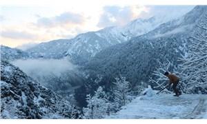 Pakistan'da kar yağışı sebebiyle ölenlerin sayısı 75'e çıktı