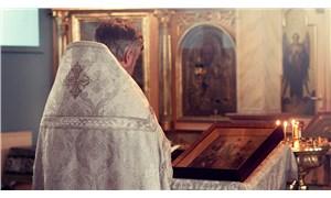 Cinsel istismar zanlısı papazdan kiliseye suçlama